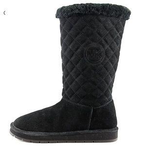 Michael Kors Black Sherpa Lined Winter Boots ❄️